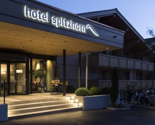 Hotel Spitzhorn - Charpenterie - Bach & Perreten