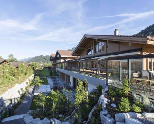 Hotel Spitzhorn - Zimmerei - Bach & Perreten